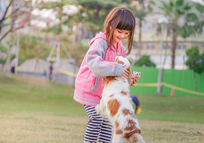 快笑一個!研究:高CP值的快樂行為就是它