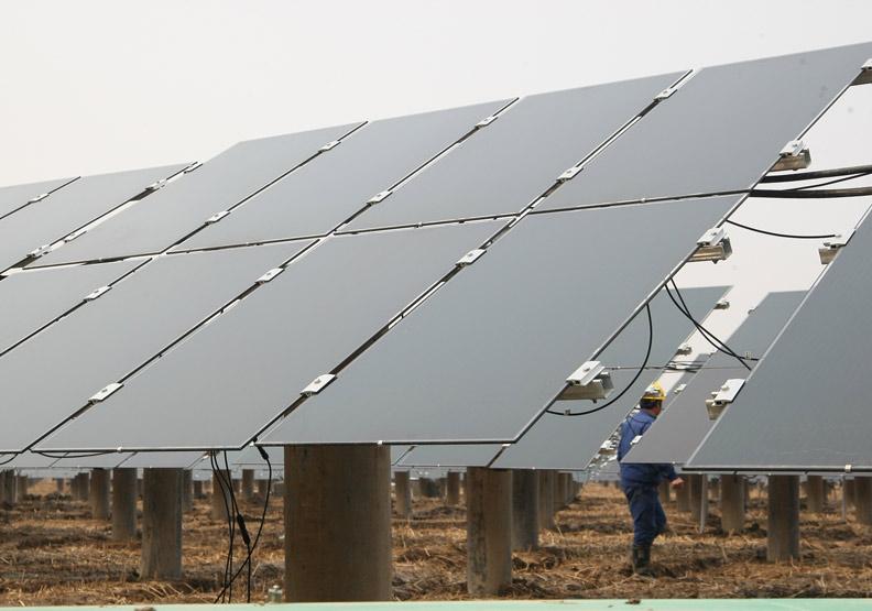 太陽能電廠,僅為情境配圖。遠見蘇義傑攝影