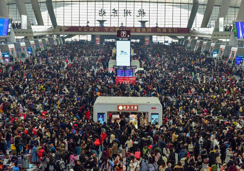中國春運人潮好冷清,比去年降六成!部分地區鐵路停運,還能返鄉團圓嗎?