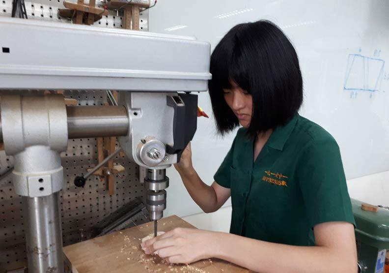 北一女開木工課都秒殺 學生:動手從課業壓力解脫超療癒