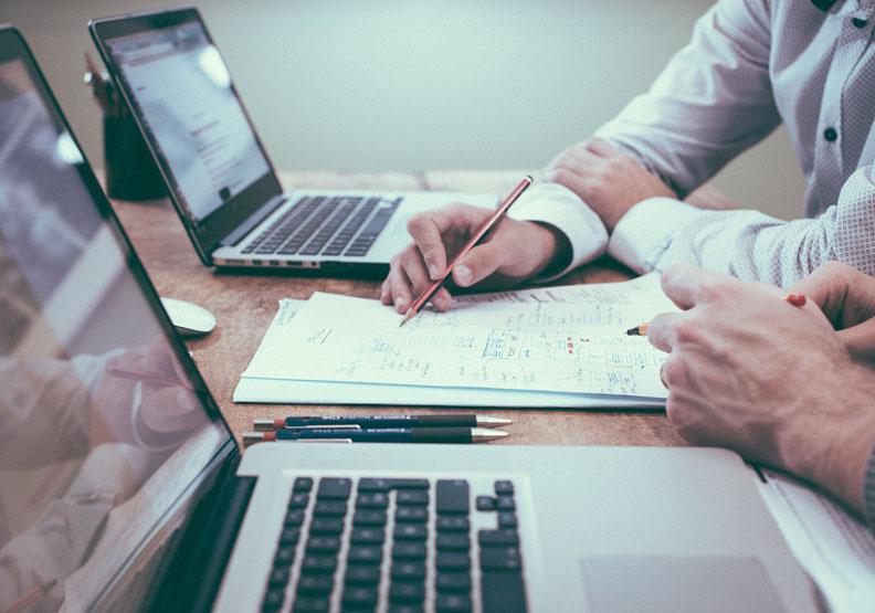 成為好顧問的7大心法:首先,當老闆、員工的翻譯機