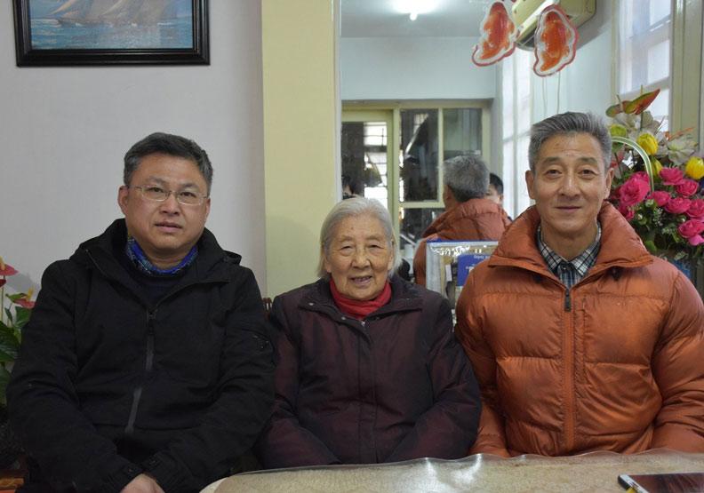 1945年國軍接收台灣衣衫襤褸?她一生直言辯護