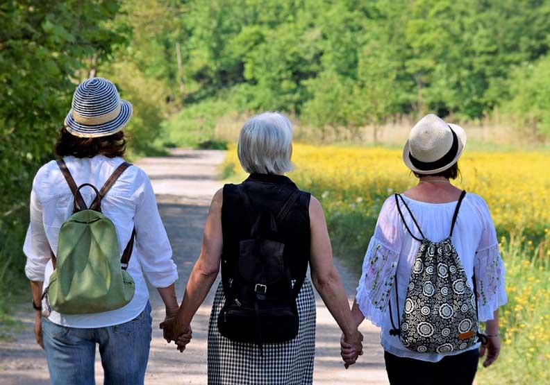 年紀愈大愈孤單?一個小改變,就能打破人心的隔閡