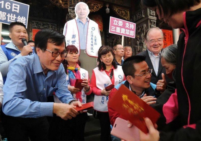 國民黨頭大了!為何韓國瑜成網路巨獸不是好事?