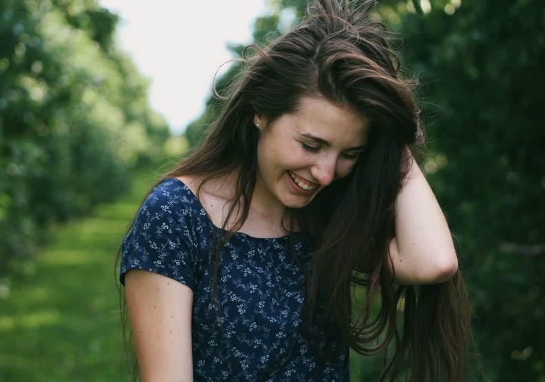 想讓自己更快樂?心理醫師強調:10種負面想法要拋諸腦後