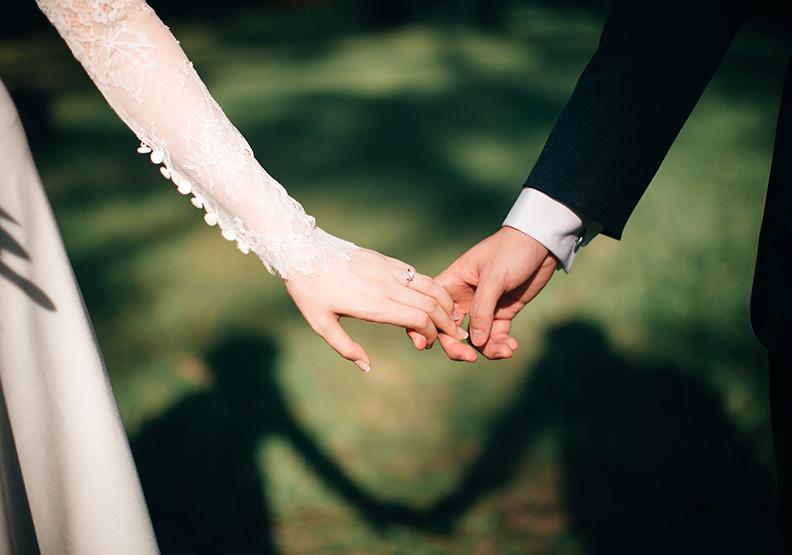 找回一個人活著的初衷?「休婚」也許不是壞事