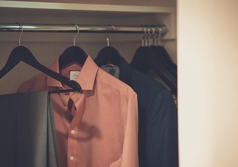 別再把它塞爆啦!依收納需求不同,你該選哪種衣櫃?