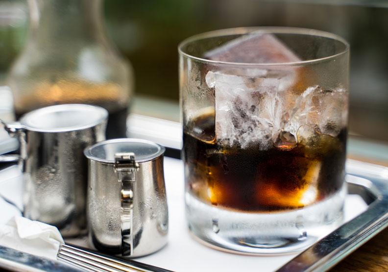 連喝都不用!研究:看到咖啡相關的東西會突然清醒