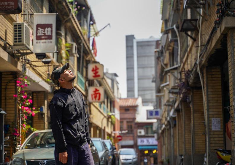 最愛地球的網紅導演,林冠廷為何「自拍」上癮?