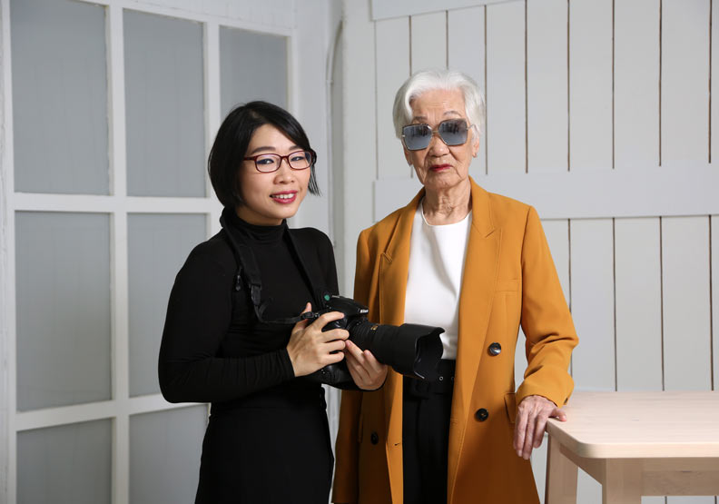 為何一副墨鏡救了91歲阿嬤的「失智」人生?
