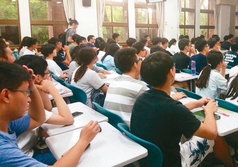 大學也吹起韓流?這些外語科系人數逆勢增加