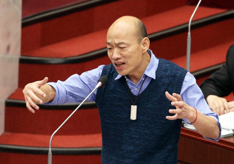 韓國瑜用20吋平板應戰議會!不只他,還有這些人也愛用