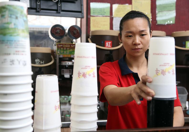 不來台北也沒差?茶飲南霸天「茶の魔手」狂開570家店