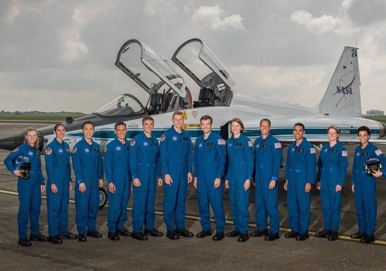 想當太空人嗎?看NASA成員的經歷,要像個「超級英雄」才行