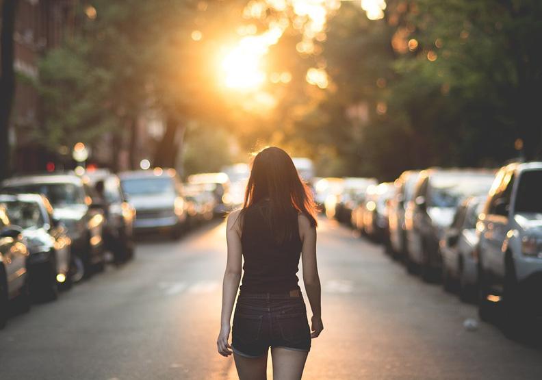 決定一個人能走多遠的,不是努力,而是這三種成本