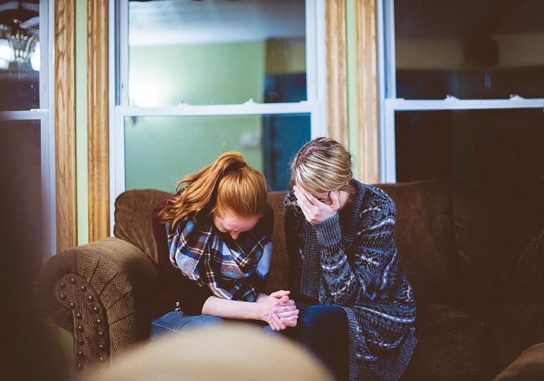 在孩子面前哭不是壞事!淚水讓他們更徹底感受生命