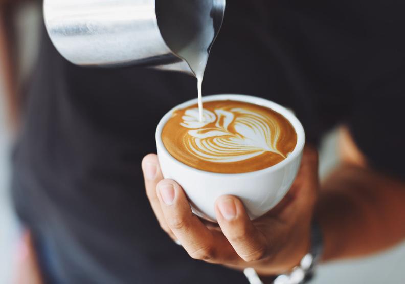 紅到價格漲3倍!「後牛奶時代」來臨,拿鐵咖啡改加它