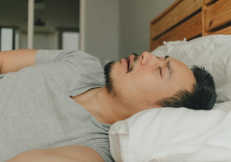 一小時呼吸中止26.8次!睡眠呼吸中止症不治療,增心血管風險