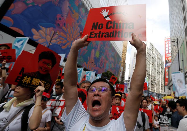 人數達103萬的反送中遊行 創香港歷史新高