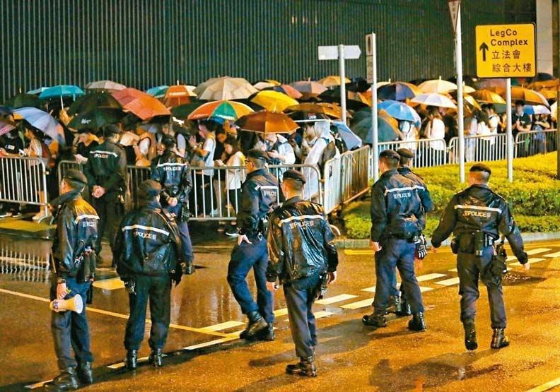 香港送中條例今送立法會二讀 全城罷工「山雨欲來」