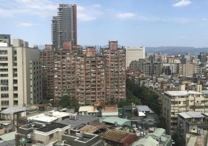 10坪套房竟逼近月薪七成!北市蟻居房待租量大增35%