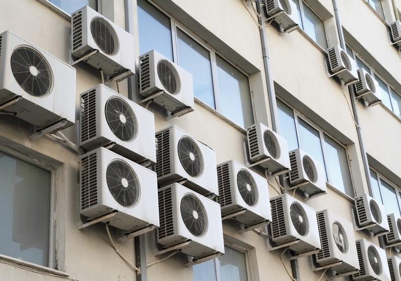 為什麼炎炎夏日,柯文哲卻說「不用買冷氣」?