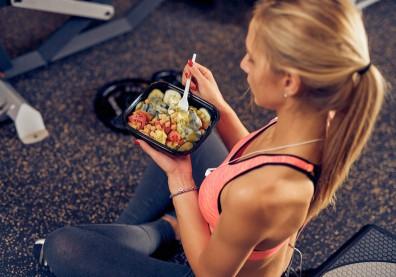 運動前中後該吃什麼?別空腹,先瞭解「養肌關鍵」