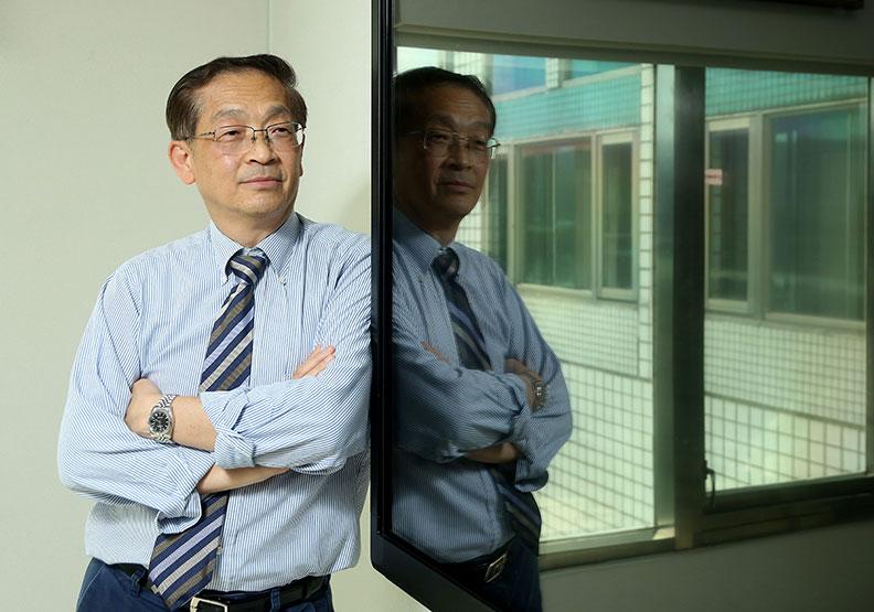 李傑推動工業互聯網  讓鴻海集團成為無憂工廠