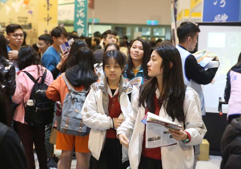 因為台灣這一招,今年中國大陸「985」大學收不到台生