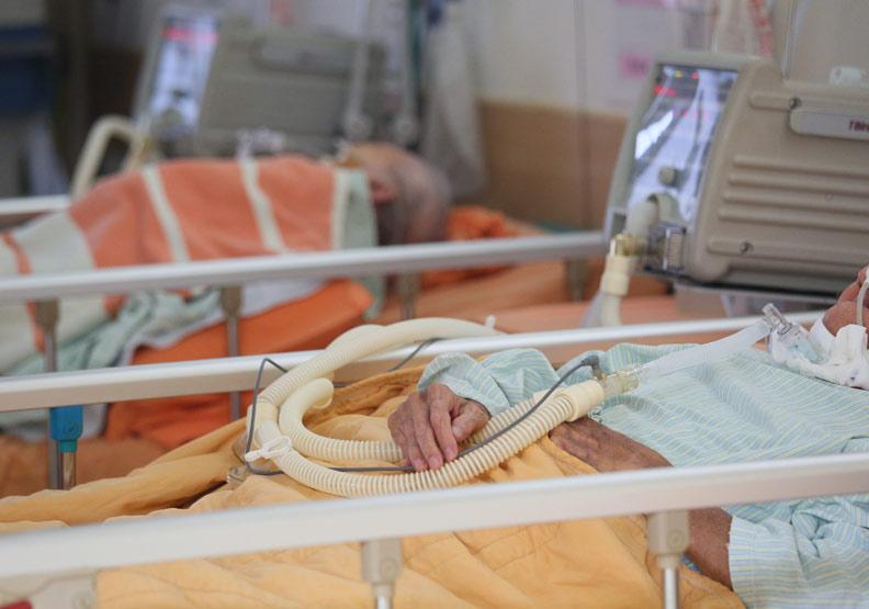 長輩急性呼吸道感染致死率高,多重PCR檢測減少住院天數