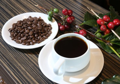 活化脂肪代謝,日本減肥名醫靠「綠茶+咖啡」鏟25公斤