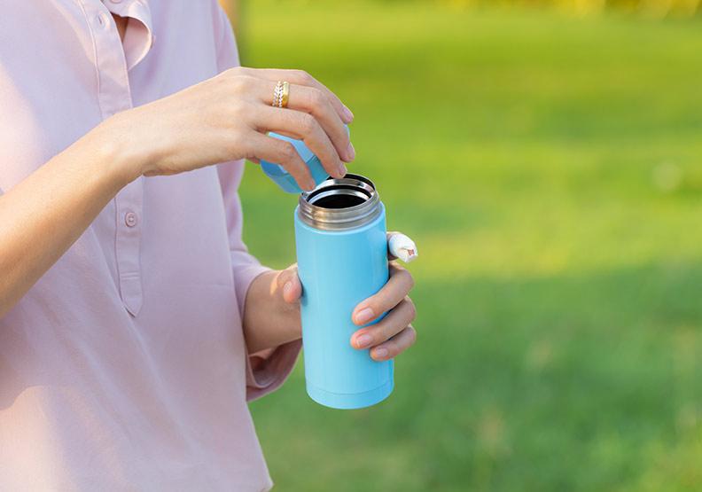 茶、咖啡不能算入一天喝水量!不要等到口渴才喝水