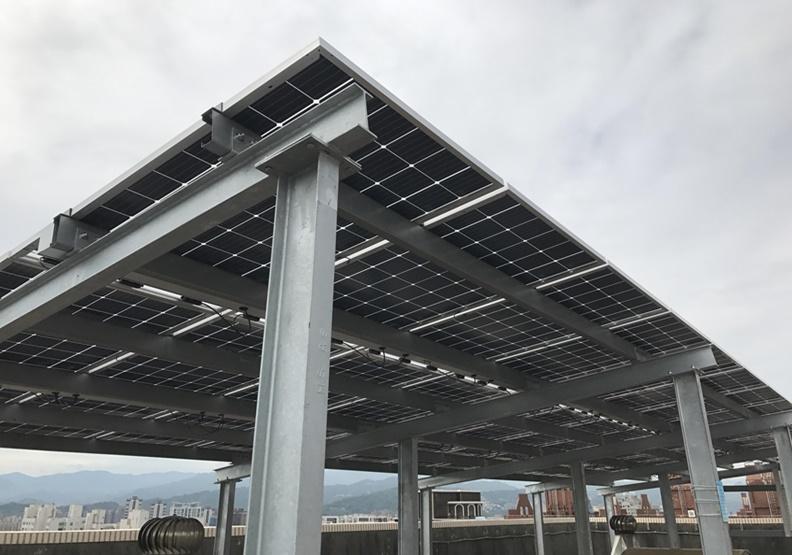 都會區大樓發電可行嗎?新北峰景翠峰社區辦到了