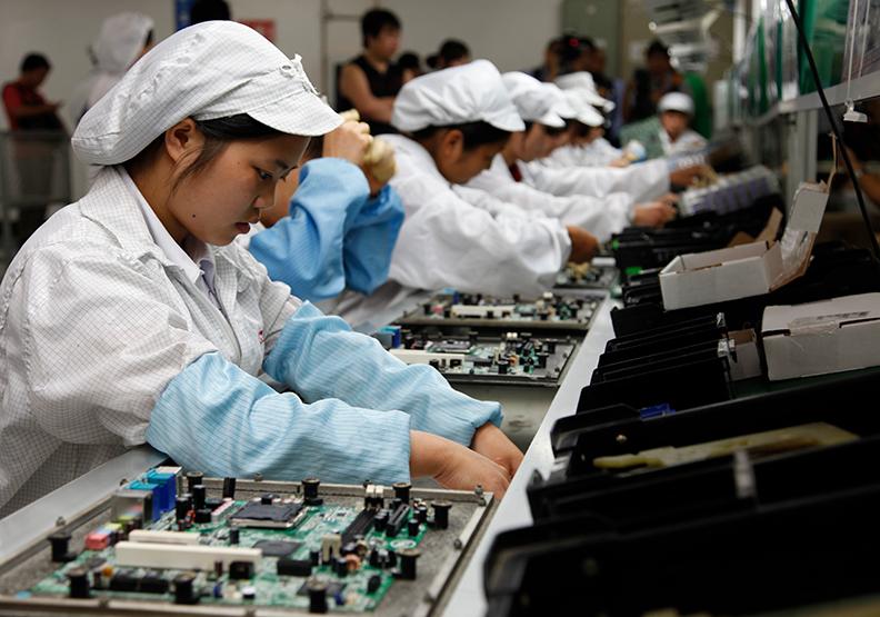 工人無法上崗,意味富士康將無法恢復Apple裝配廠的全產能生產。(資料照,蘇義傑攝)