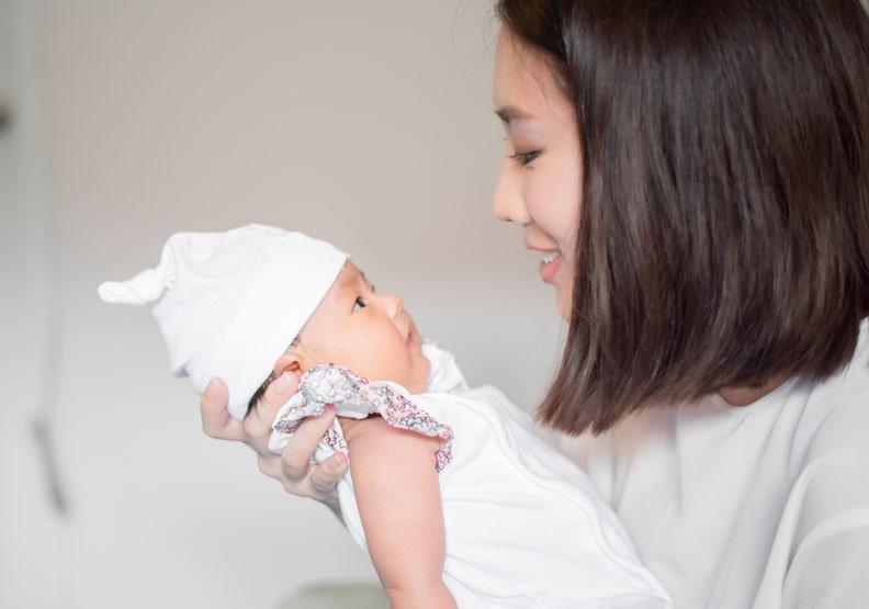 嬰幼兒哺育母乳,美國研究:有利母親心血管健康