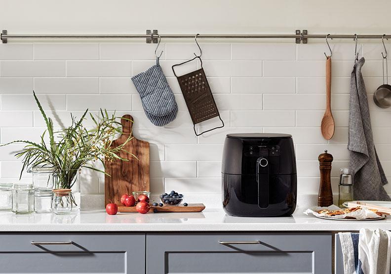 少油也能做出酥脆料理!氣炸鍋的料理技巧與清潔方式