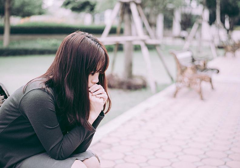 憂鬱症讓身心都失調,中醫:心肝脾都照顧好能排憂解鬱