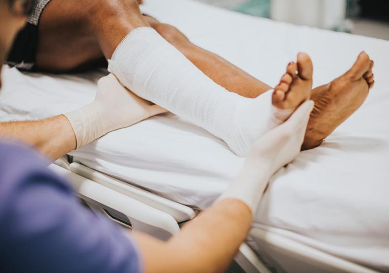 台灣的長照制度出了什麼問題?嚇壞荷蘭護理師的「臺灣腳」