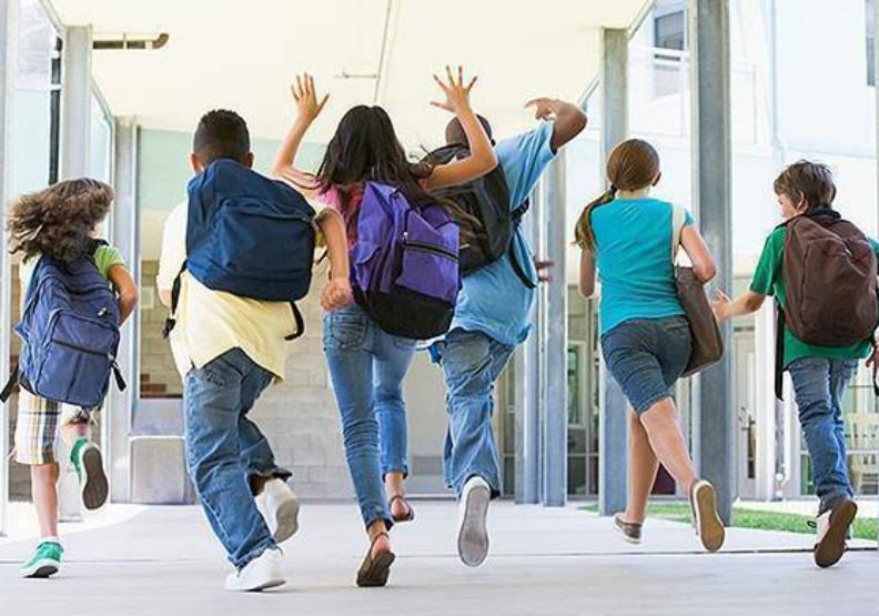 出國留學人數創五年來新高!這三國人數增加最多