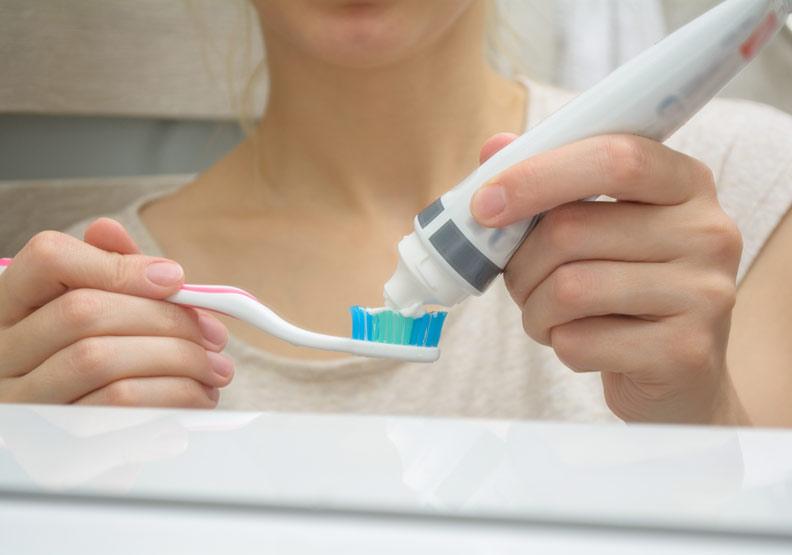 牙膏、口香糖...白色色素生活中無所不在,避免增糖尿病機率這樣自保