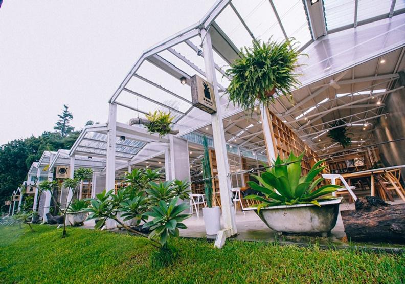賣美景、植栽、回憶,還讓你置身雲霧中的「空氣圖書館」