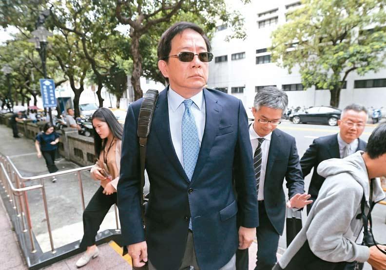 管中閔遭控違法兼職,他怒批監院濫權