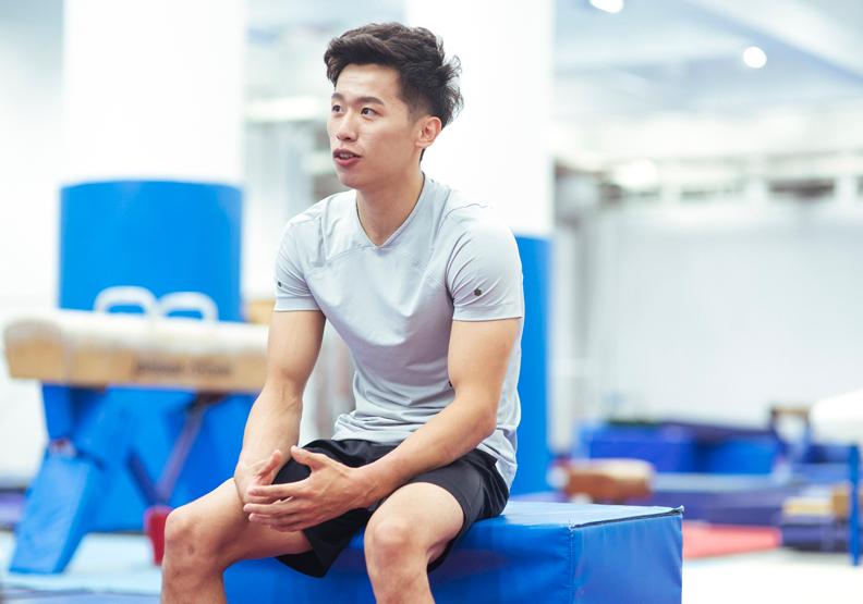 褪下戰袍的李智凱,是個年僅23歲的大男孩,侃侃而談地分享一路走來的心路歷程。圖片來源:桃園市政府。