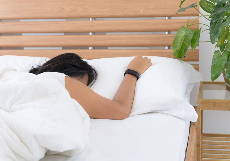 用APP看睡眠品質,為何深層睡眠時間這麼短?