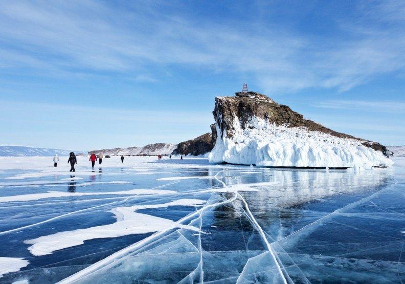 中國遊客太多了?俄羅斯貝加爾湖居民苦不堪言