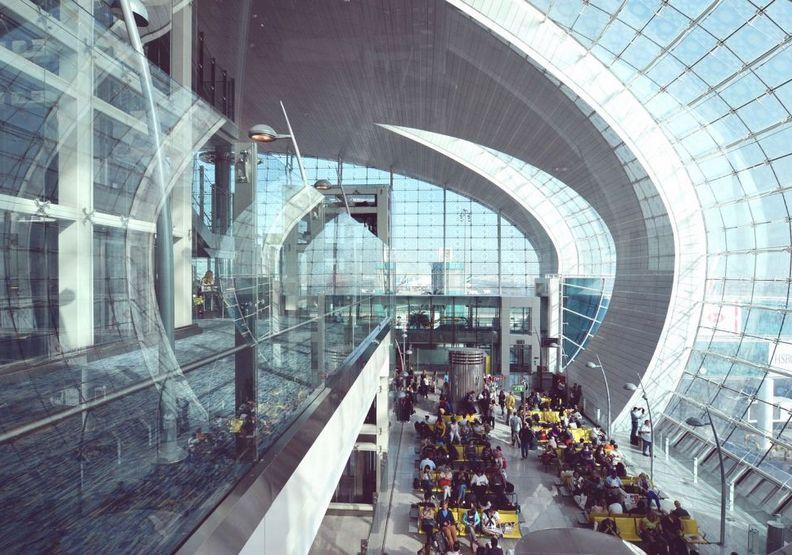 杜拜機場設備相當豪華。