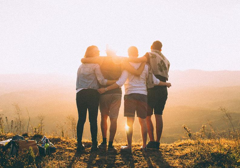 畢生友誼的關鍵:「依靠」朋友,卻不能完全依賴他們!