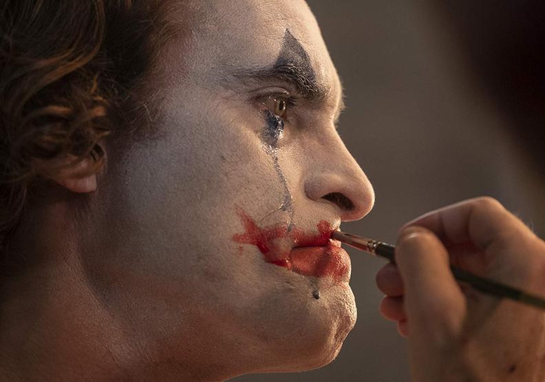 《小丑》:「精神病最痛苦的,就是別人總希望他們假裝自己正常。」