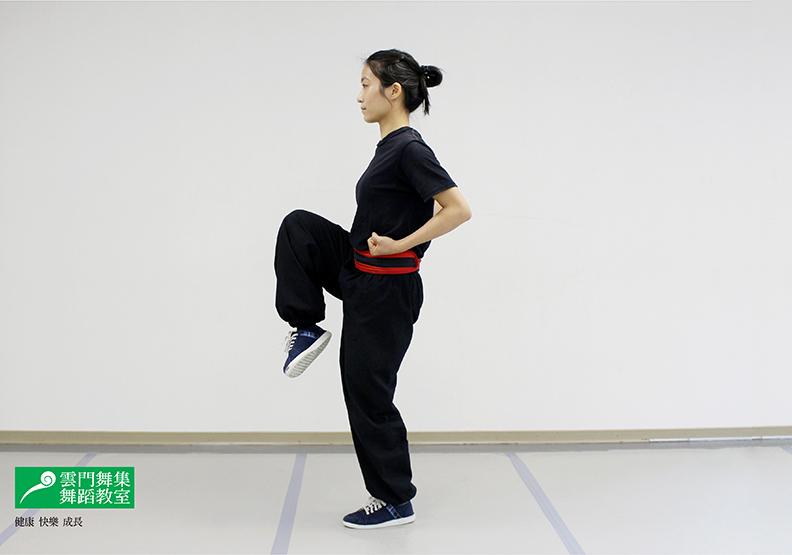 讓孩子高人一等!「跳踢」刺激生長板,還能訓練彈跳力