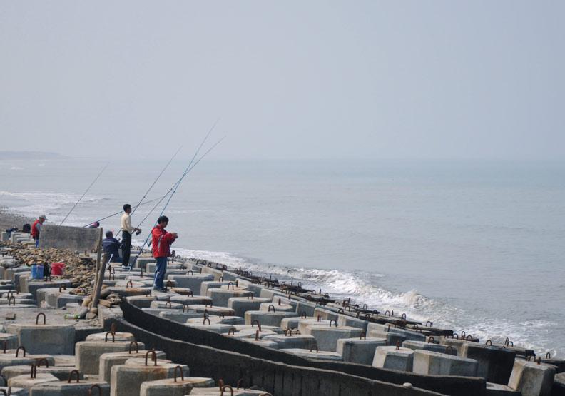 海釣釣客年紀輕輕就罹白內障,原來跟這個危險因子有關